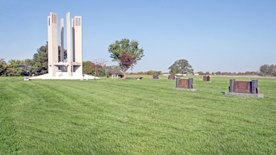 Cemetery grounds at Floral Hills East Memorial Gardens