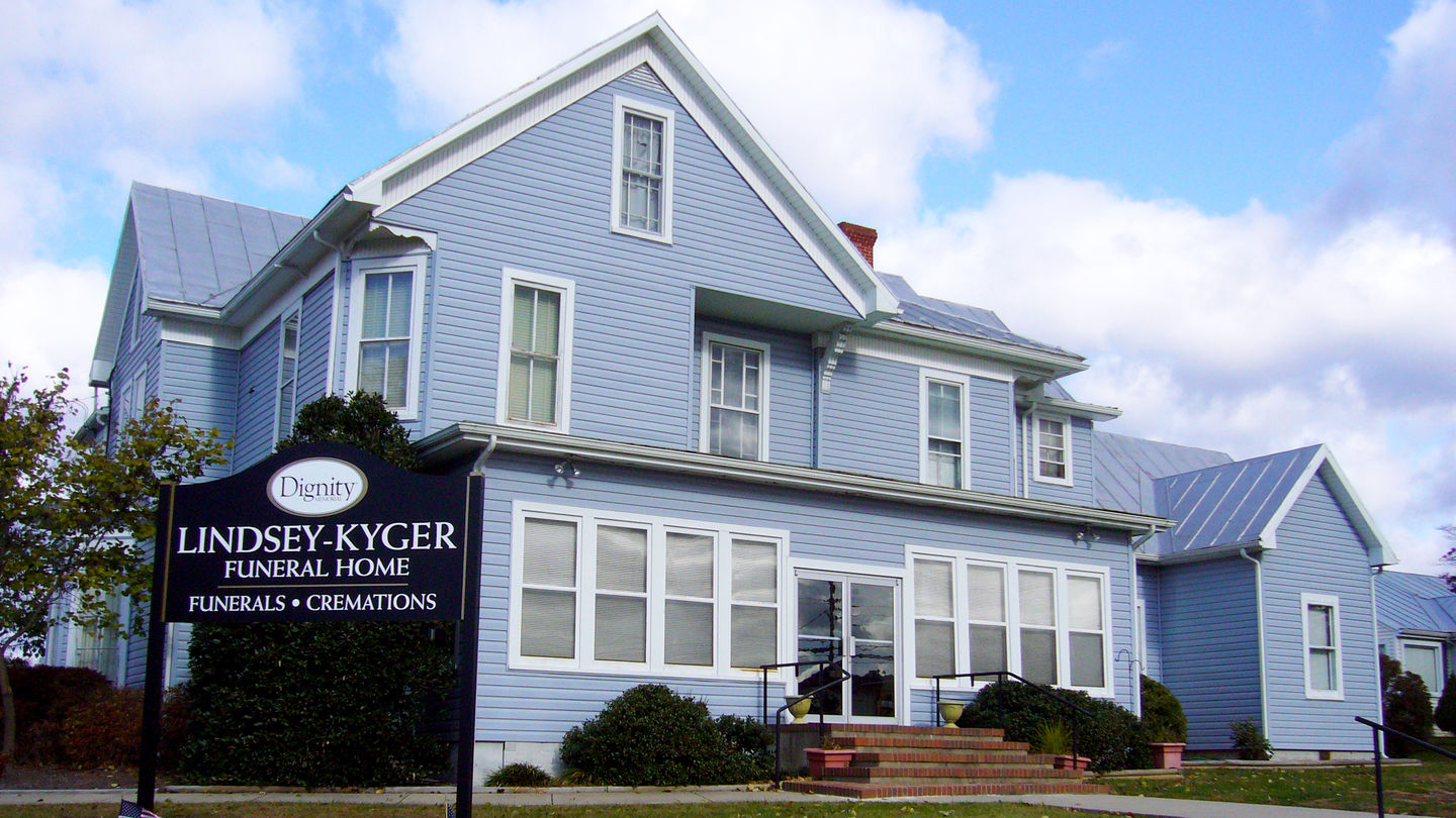 Front exterior at Lindsey-Kyger Funeral Home