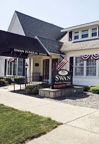 Front entrance building at Swan Funeral Home