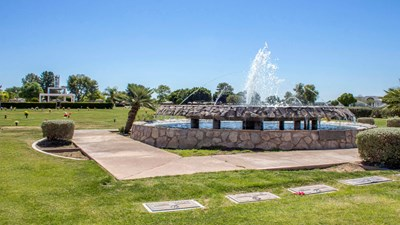 Water feature at Green Acres Mortuary & Cemetery