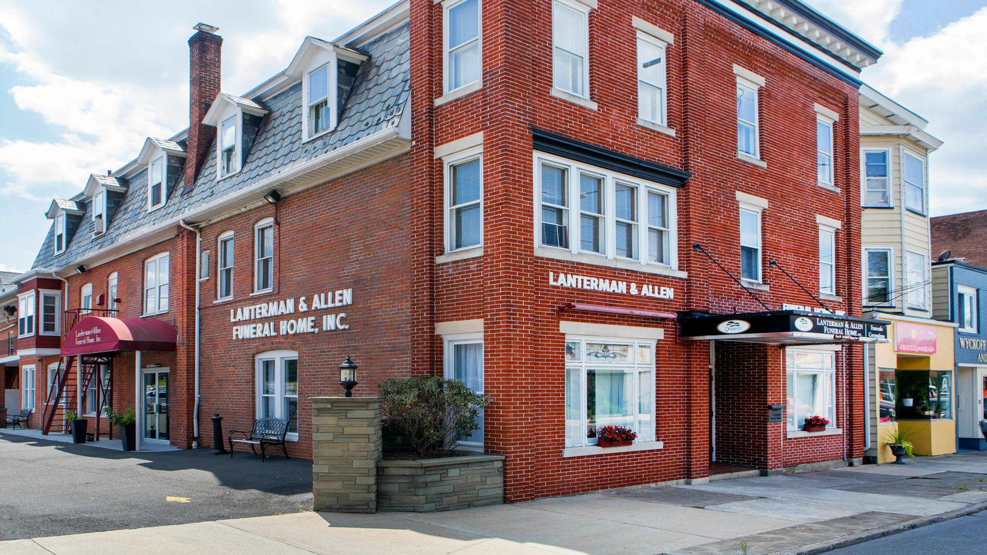 Front exterior building at Lanterman & Allen Funeral Home Inc.