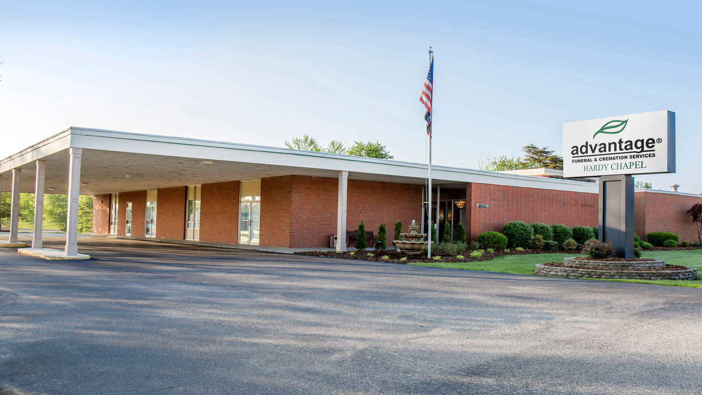 Front Exterior Advantage Funeral Home and Cremation Services Hardy Chapel