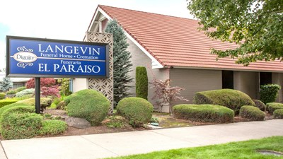 Signage at Langevin El Paraiso Funeral Home