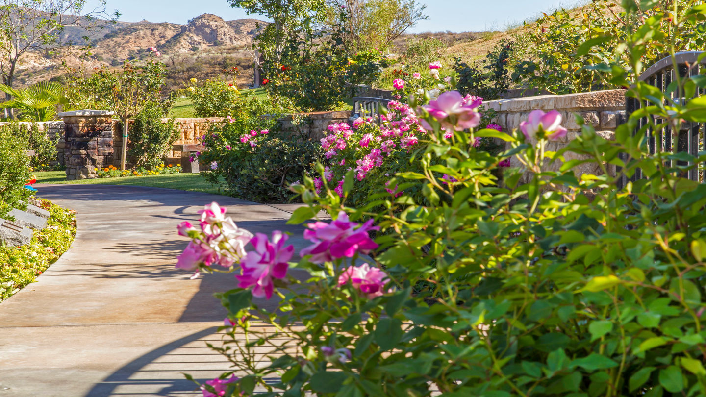 Eternal Valley Memorial Park & Mortuary   Funeral, Cremation & Cemetery