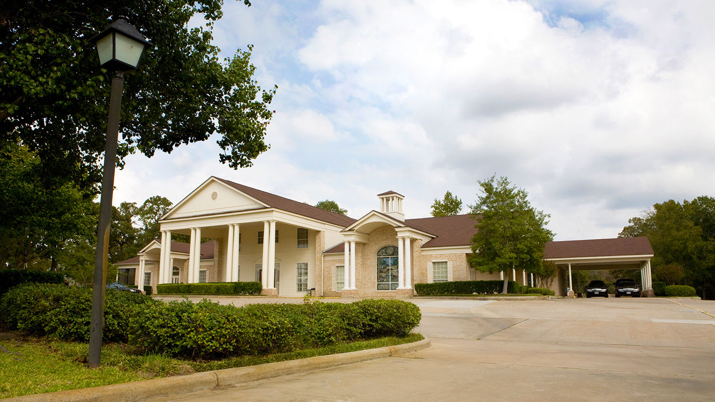 Front exterior building at Cashner Funeral Home