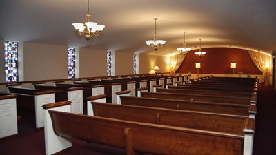 Main chapel at Tobias Funeral Home - Far Hills Chapel