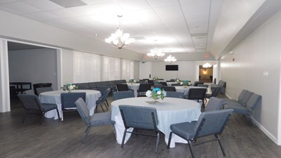 Reception Room at Earthman Baytown Funeral Home