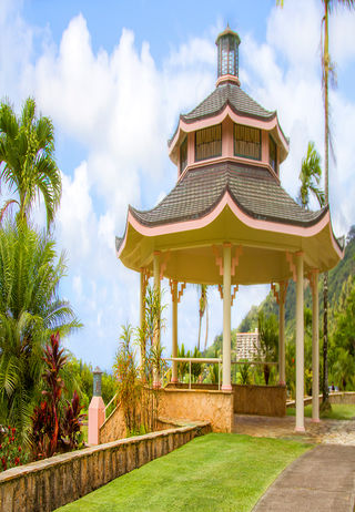 Oceanview Gazebo at Hawaiian Memorial Park