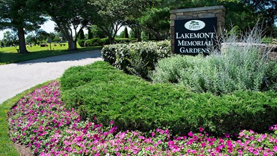 Lakemont Memorial Gardens Entrance Signage