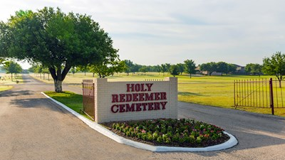 Entrance at Holy Redeemer Cemetery