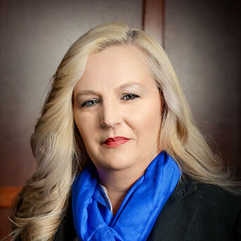 dove-witt-family-mortuary-lisa-lynn-carter-4286-funeral-director