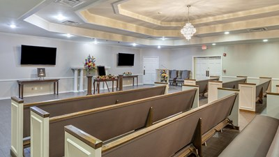 Chapel at Earthman Funeral Directors