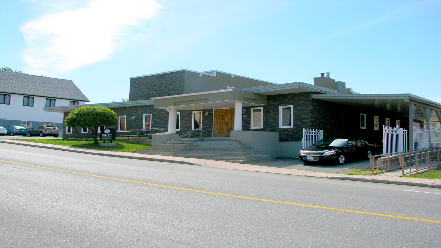 Front exterior building at Brown Funeral Home & Cremation Centre