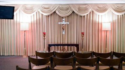 Chapel at Lester R. Grummons Funeral Home