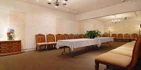 Reception room at Willow Glen Funeral Home