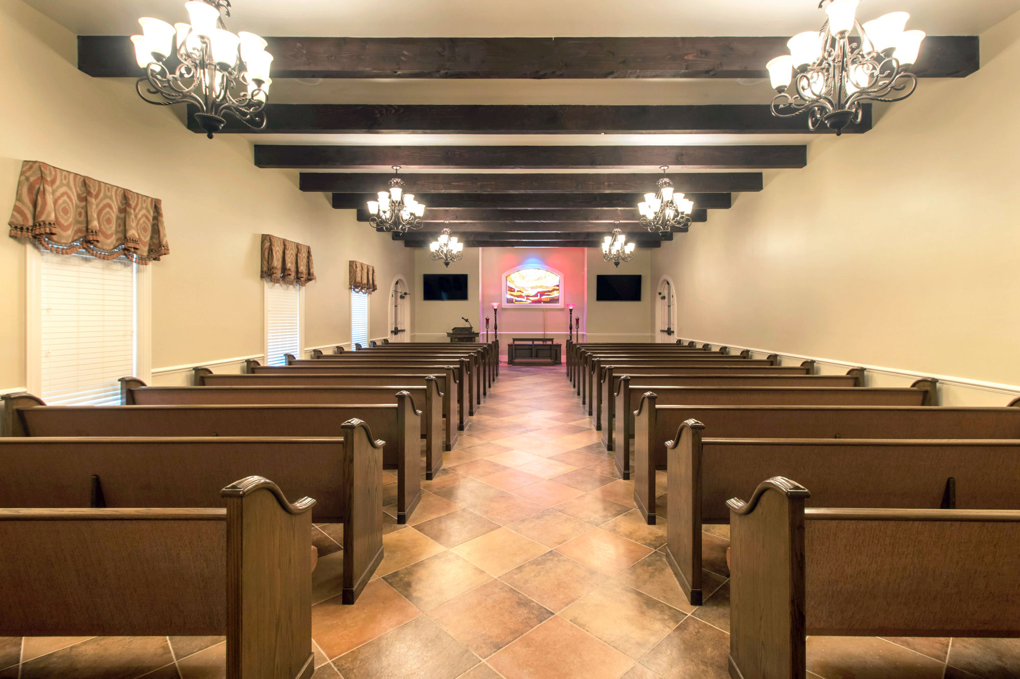 Chapel at  Funeraria del Angel - Highland Funeral Home