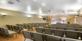 Drawing Room Chapel at Oak Hill Funeral Home & Memorial Park