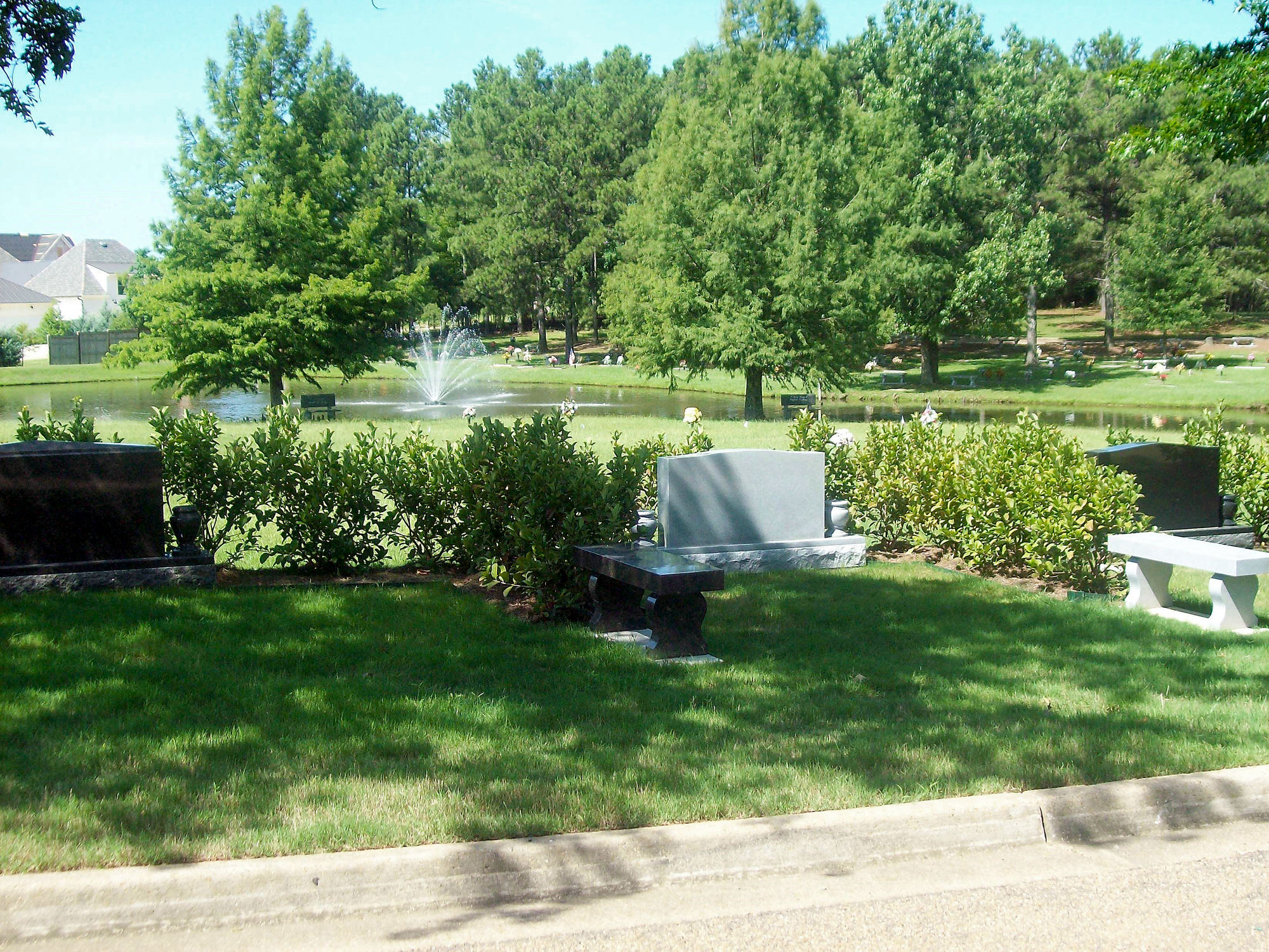 Estate area at Parkway Memorial Cemetery